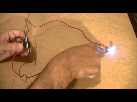 Como Acender Um Led No Prego! - Gerador De Energia Infinita - Free Energy Generator