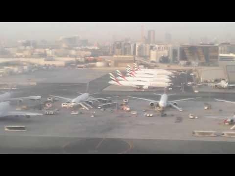 Fly Dubai From Tehran landing in Dubai (Boeing 737-800)