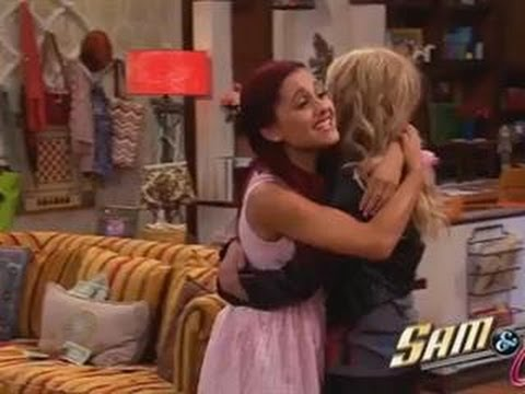 Ariana Grande Gives Her 'Sam & Cat' Character a Major Send-Off