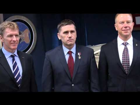 Presidential Medal of Freedom ceremony on This Week @NASA – November 27, 2015
