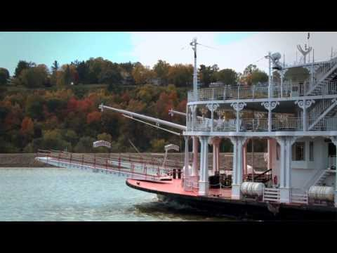 Mississipi Riverboat Cruise: American Queen