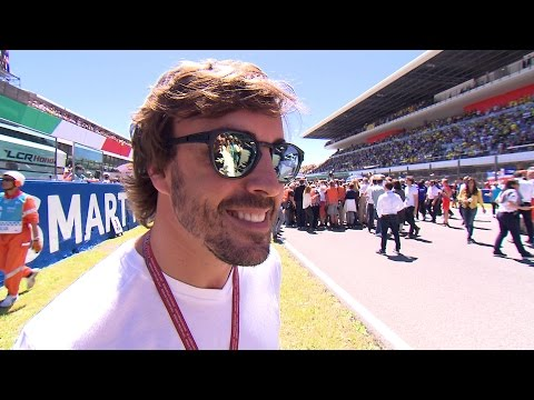 "Fernando Alonso: ""MotoGP™ riders are heroes"""