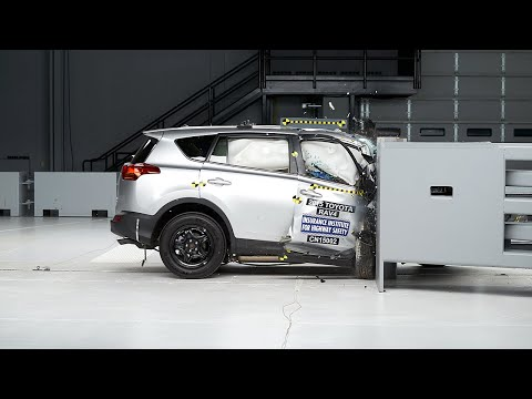 2015 Toyota RAV4 passenger-side small overlap IIHS crash test