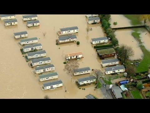 image vidéo Fortes inondations dans le centre de la Grande-Bretagne
