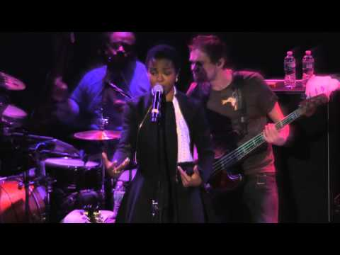 Ms. Lauryn Hill - Final Hour LIVE (Live in NYC 11/27/13)