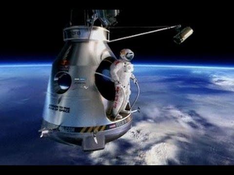 Felix Baumgartner Menguji Lompatan dari Ruang Angkasa