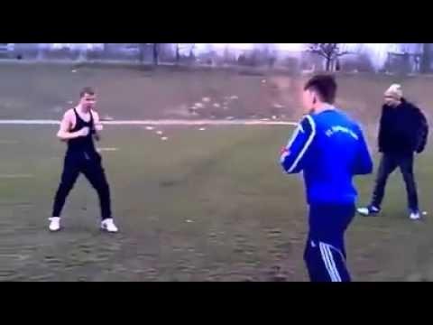 Сборка боев боксера против гопников