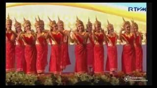 Lao Wishing Dance ຟ້ອນອວຍພອນ Fawn Ouyphone