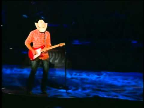 Brad Paisley Live - Mud on the Lens Concert - 2005