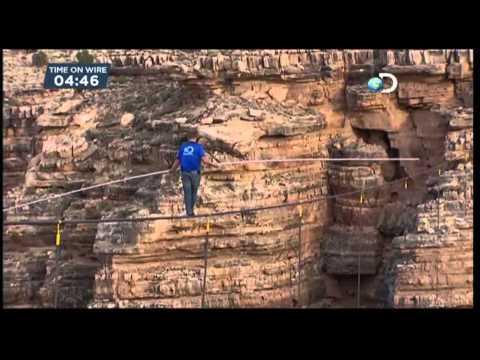 El funambulista Wallenda logra cruzar el Cañón del Colorado