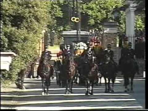 Princess Diana's Funeral Part 2: The Cortege Emerges