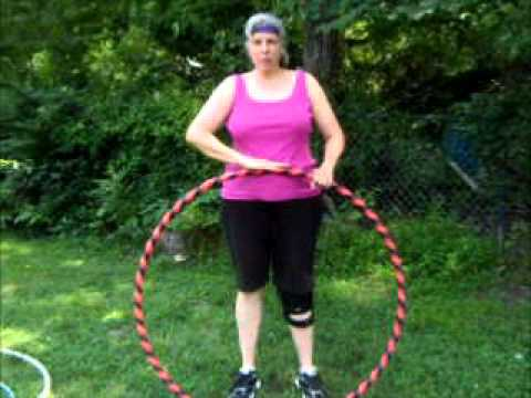 How do you keep the hula hoop up?