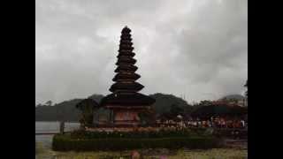 Download Lagu Instrumen musik tradisional Bali - Tradisional Music Gratis STAFABAND
