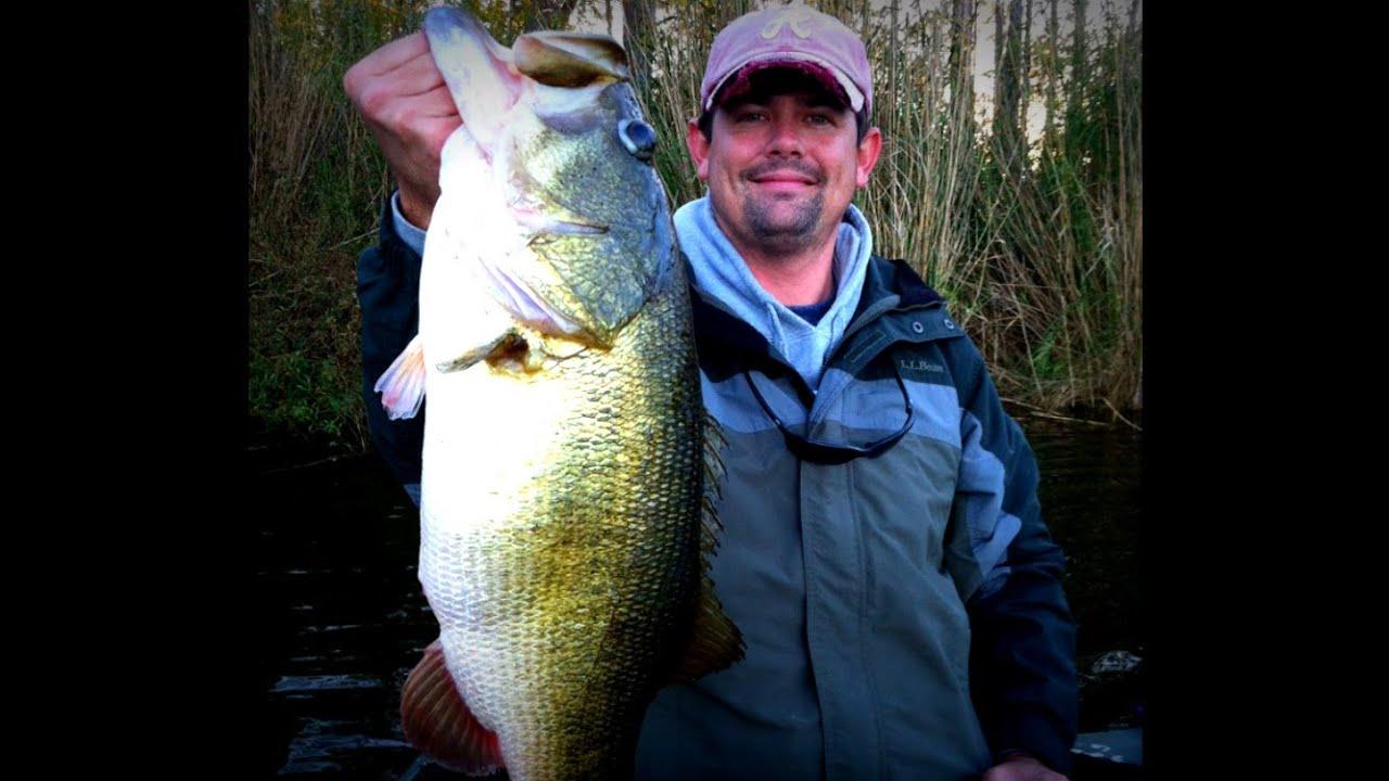 Giant 12 lb Bass Caught on Film  Lipless Crankbait Bass Fishing
