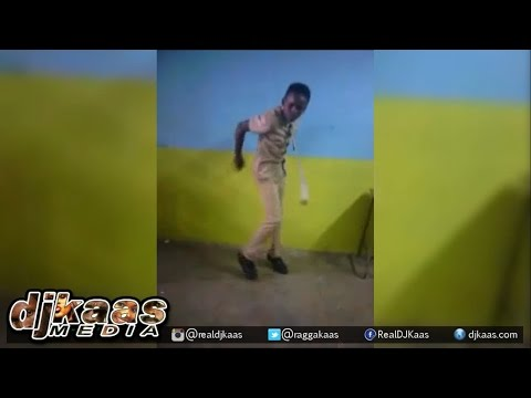 Kid shows how to AJI BOUNCE ▶Hottest Dance in Kingston Jamaica ▶Dancehall 2015