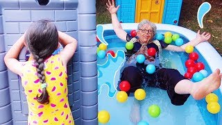 Grandma jumped into the pool!! Öykü  Pretend Play Hide and Seek - Family fun kids , Oyuncak Avı