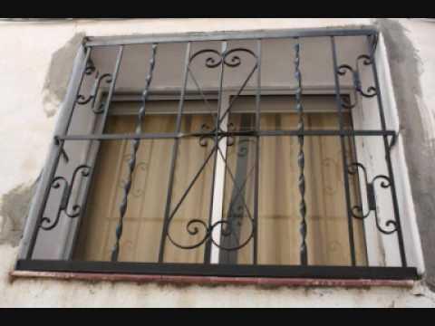 Adornos en las rejas puertas y balcones de nuestro pueblo - Puertas de metal para casas ...