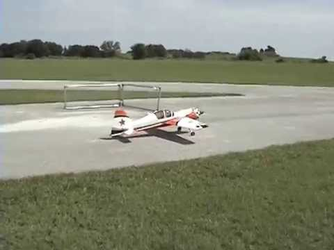 Pilot-RC Yak 54 30% DLE 55 Maiden Flight