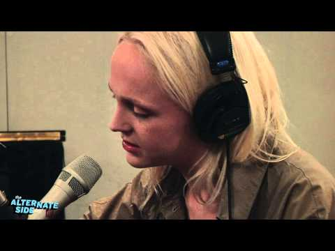 Laura Marling - The Muse