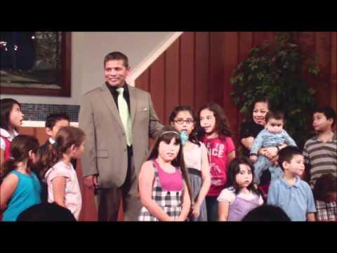 Felipe Garibo (con los niños de san jose)- la historia de jonas