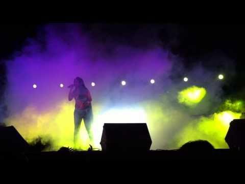 9. Sajna Ji Vari Vari - Sunidhi Chauhan Concert SF 2011 IIT...