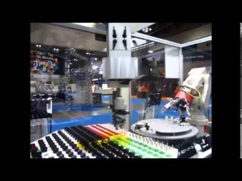 רובוט תעשייתי 2 מבית Mitsubishi Electric