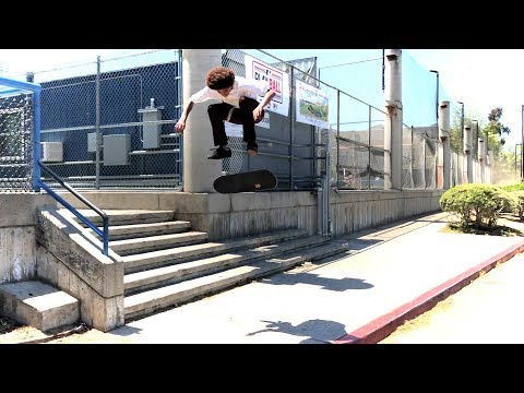 SKATING WITH DARRIUS HUTTON, JOHN BRADFORD AND FRIENDS !!! - NKA VIDS -