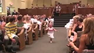 Best Flower Girl Entrance In Wedding History!