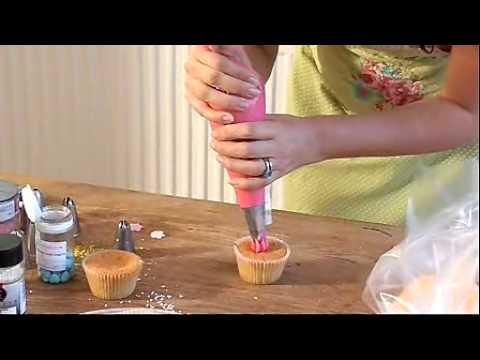 Xanthe Milton teaches you how to create a rose effect when icing cupcakes