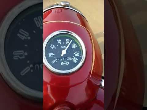 YEZDI b 250Cc bike.......