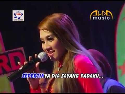 Endah DA2 - Kabut Biru (Official Music Video)