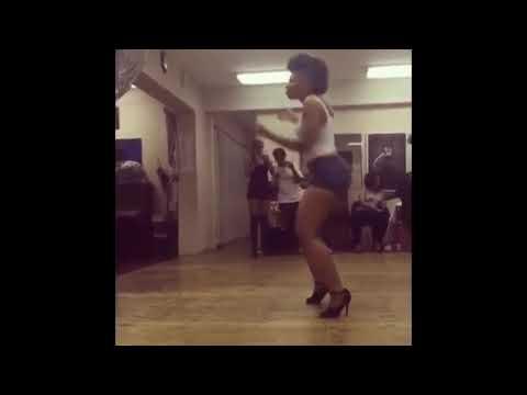 Muvhango...nonny dancing to Dololo thumbnail