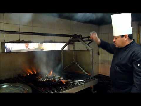 El Chef Martin Rodriguez prepara el Pescado a la Talla  ¡Receta Original de Barra Vieja!