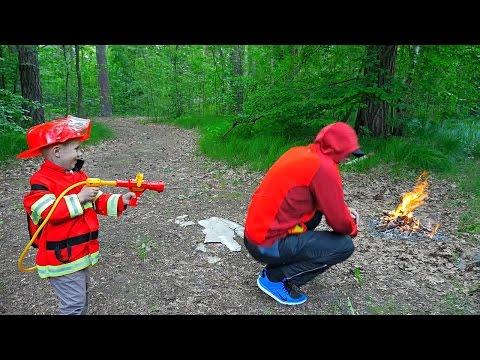 Пожарный Даник и Пожарная Машина BRUDER SCANIA 35990 - Тушим лесной пожар