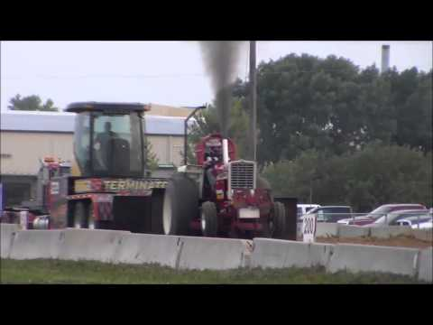 8,500lb Hot Farm Tractors in Marengo, IA 8/24/2013