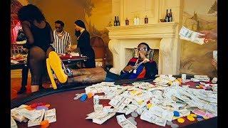 download lagu Gucci Mane - I Get The Bag Ft. Migos gratis
