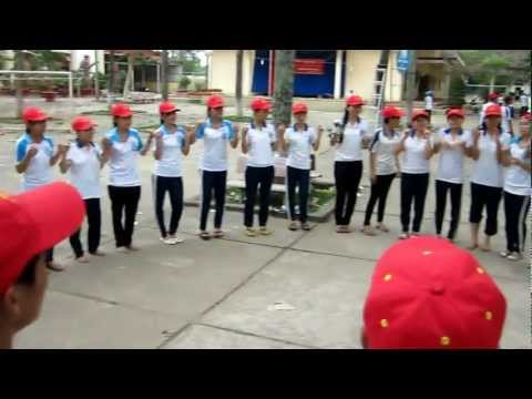CHICKEN DANCE 12A8