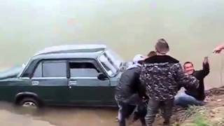 Lada drift fail  Falls off cliff