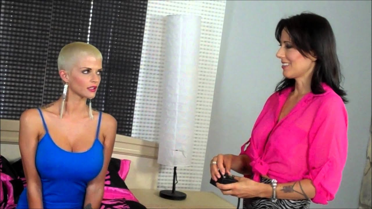 Pornstars Joslyn James and Zoey jerk and suck off a man in their lingerie № 147194 бесплатно