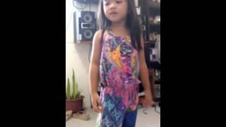 Aliesh dancing baby hands up