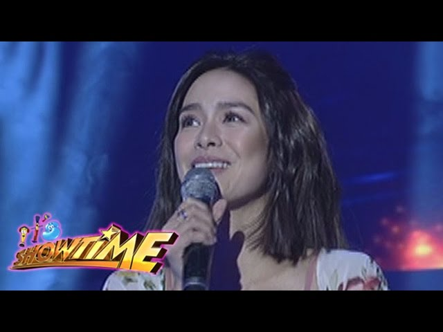 """It's Showtime: Erich Gonzales sings """"Love Yourself"""""""