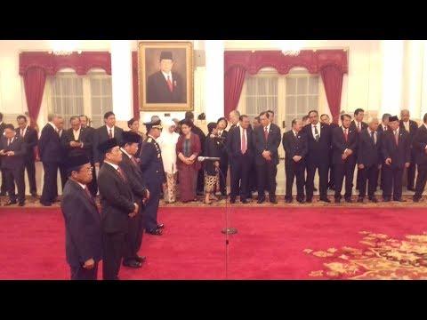 Jokowi Lantik Idrus Marham, Moeldoko, Agum Gumelar Dan KSAU Di Istana