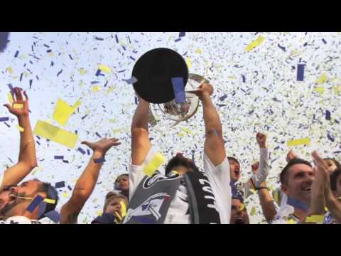 THAT MAGIC MOMENT: Landon Donovan lifts his 6th MLS Cup trophy | #ThanksLD