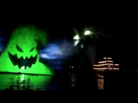Disneyland Halloween Screams Firework Rivers of America water screens