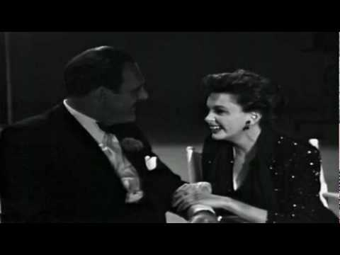 Judy Garland - A Foggy Day (In London Town)