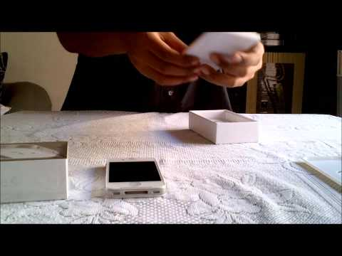 Apple iPhone 4 (8GB) White Unboxing | India