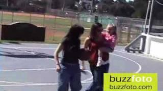 Jennifer Garner and Violet Play With Ball