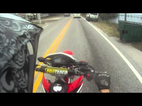 Honda crf250L Wheelies