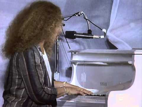 Carole King - You've Got a Friend (Live at Farm Aid 1985)