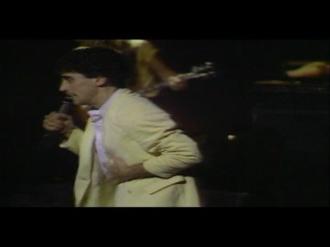 DONNIE IRIS &amp; THE CRUISERS: AH LEAH! Live 1981